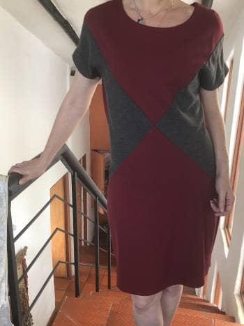 Vestido vinotinto de mango