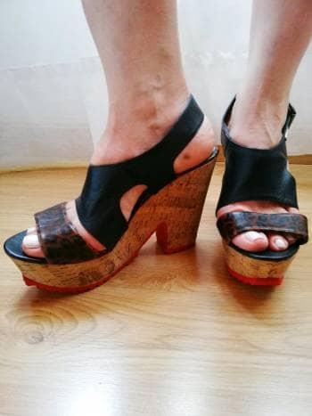 7e68ac84f96 Hermosas sandalias en plataforma - GoTrendier - 245550