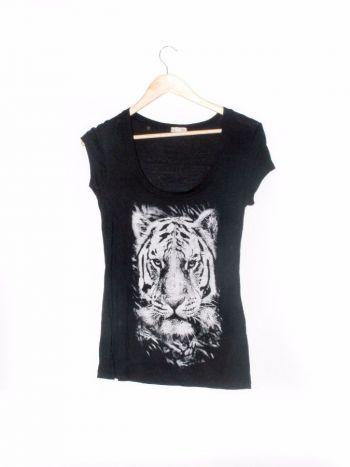 Camiseta con estampado tigre