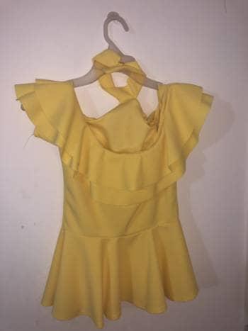 Blusa amarilla elegante