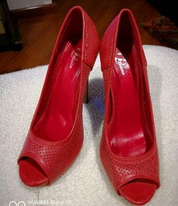 Tacones rojos Bata - GoTrendier - 135582 7c5fd675a88a