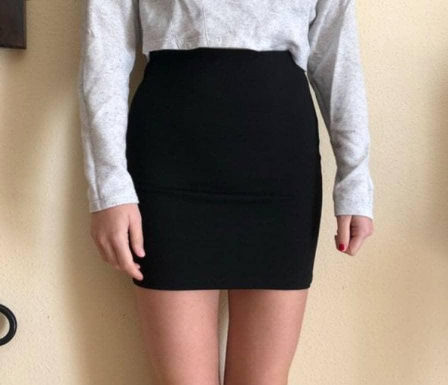gran variedad de estilos servicio duradero a un precio razonable Falda negra corta pegada