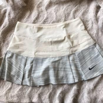 Falda Short Nike NUEVA