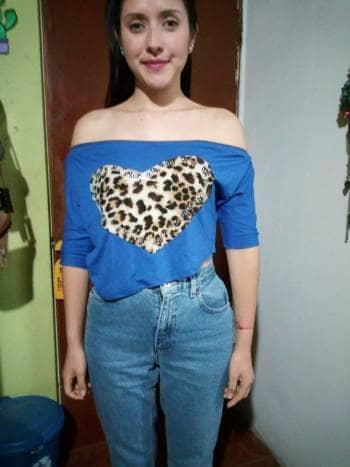 Blusa corta azul