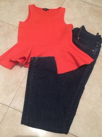 Pantalon de jeans marca Studio F talla 8
